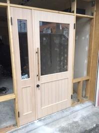 店舗 親子ドア.jpg
